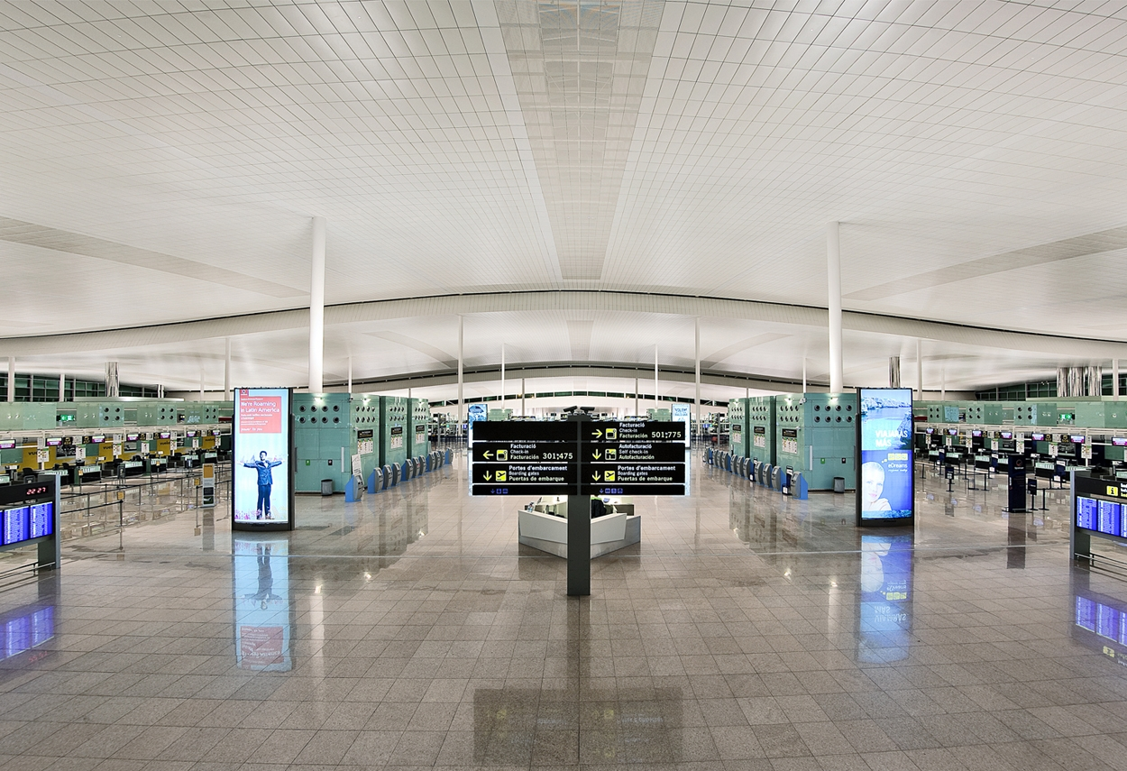 Internal view of El Prat airport in Barcelona
