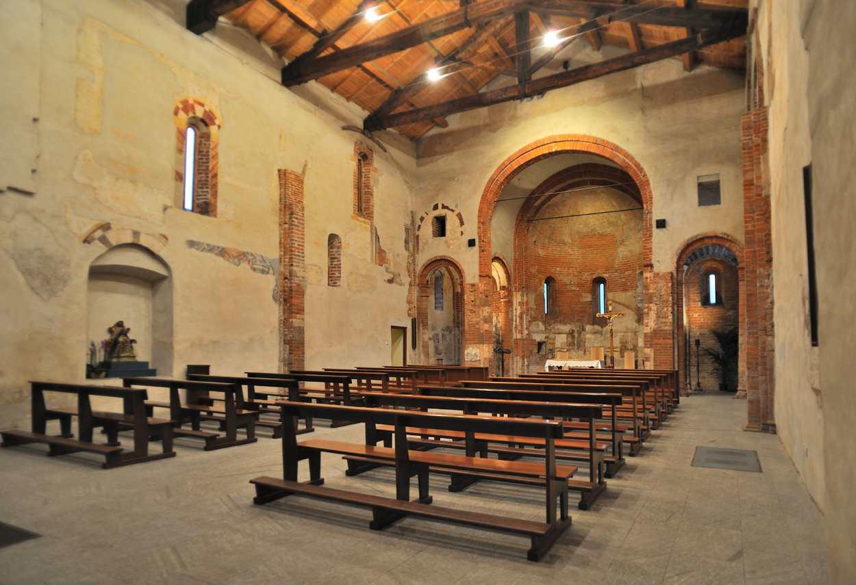 Church of Santa Maria Rossa internal view - building lighting design