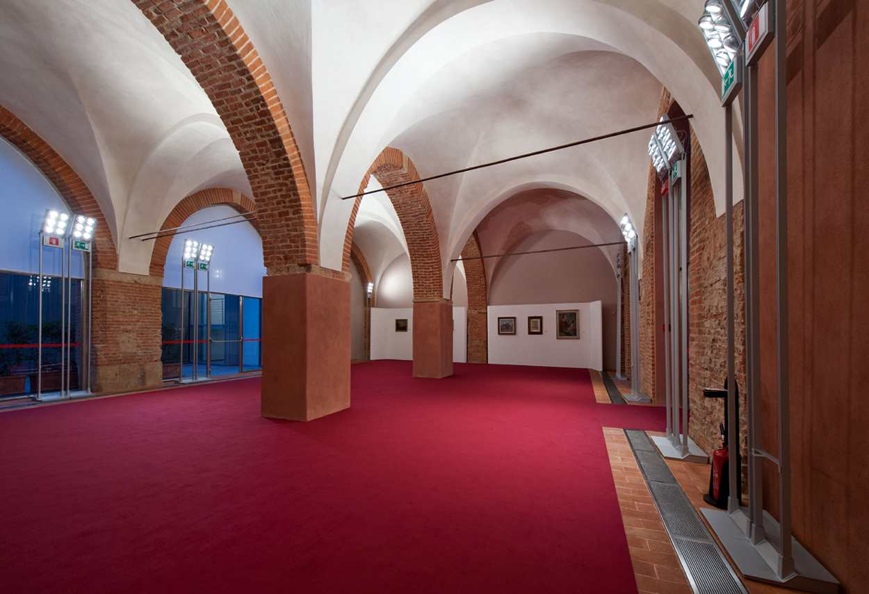 Alessandria Vetus Palace exhibition room - architectural outdoor lighting