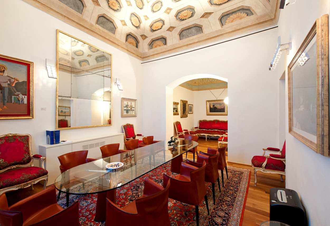Alessandria Vetus Palace room with illuminated ceiling - architectural outdoor lighting