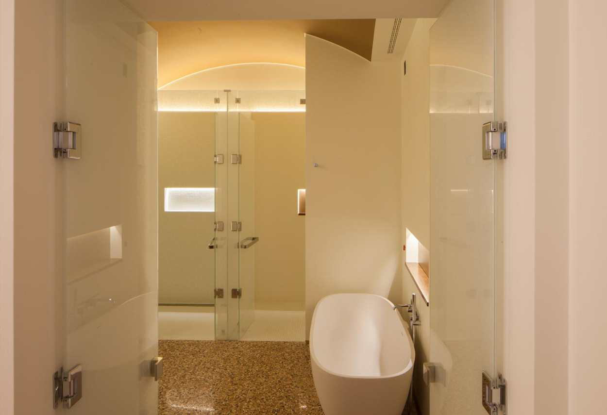 Venezia Papadopoli Palace Aman Resorts detail - architectural outdoor lighting