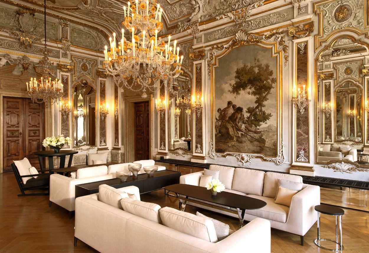 Venezia Papadopoli Palace Aman Resorts main room- architectural outdoor lighting