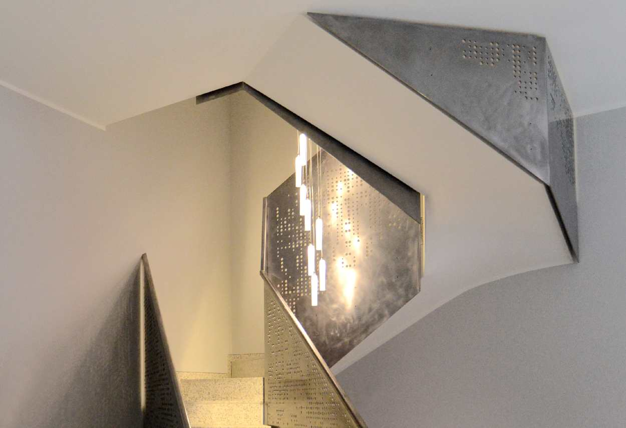 Private House Light Fall in Milan - retail lighting design