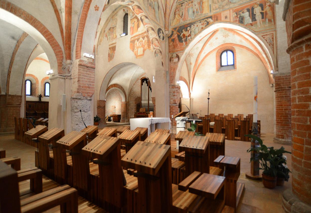 Monastero di Viboldone: Lights Projects - building lights