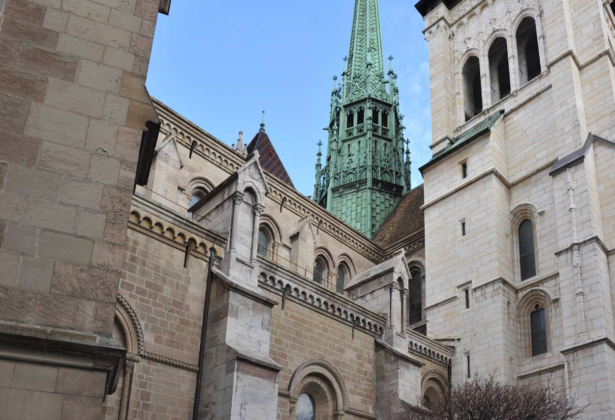 St-Pierre Cathedral detail of gothic architecture