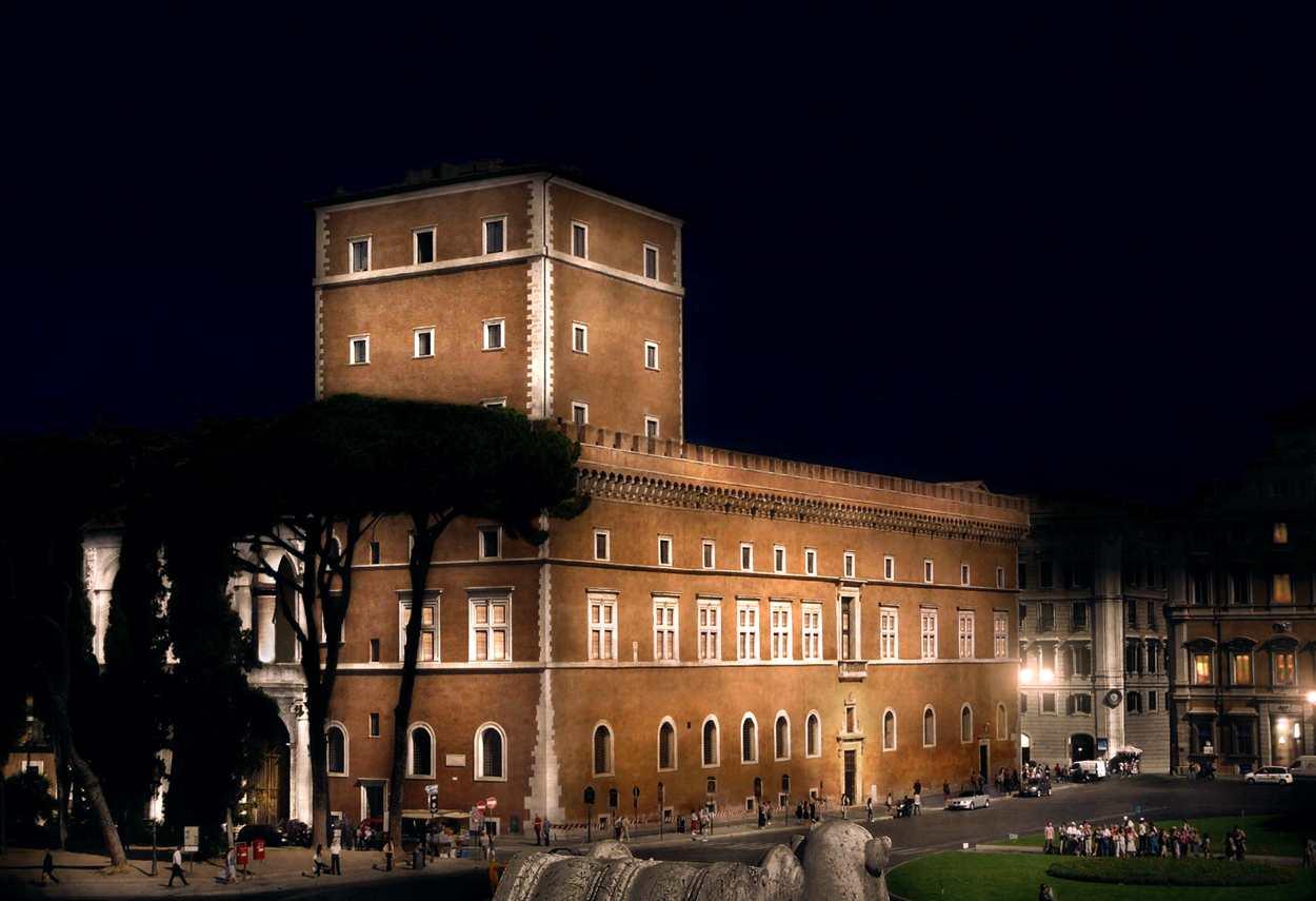 Italia roma palazzo venezia marco petrucci
