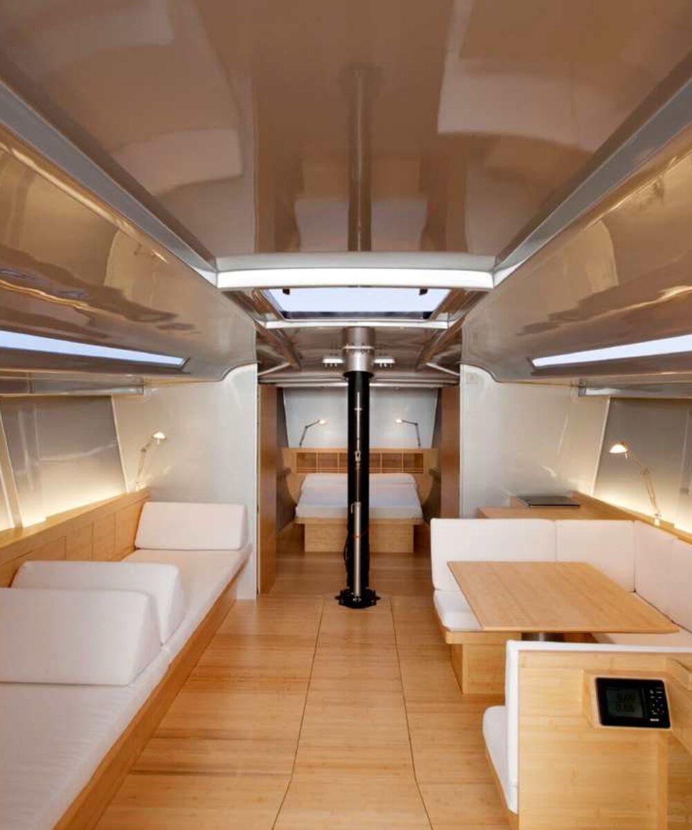 Yacht Sailing Boat Mandrake dettagli illuminazione interni