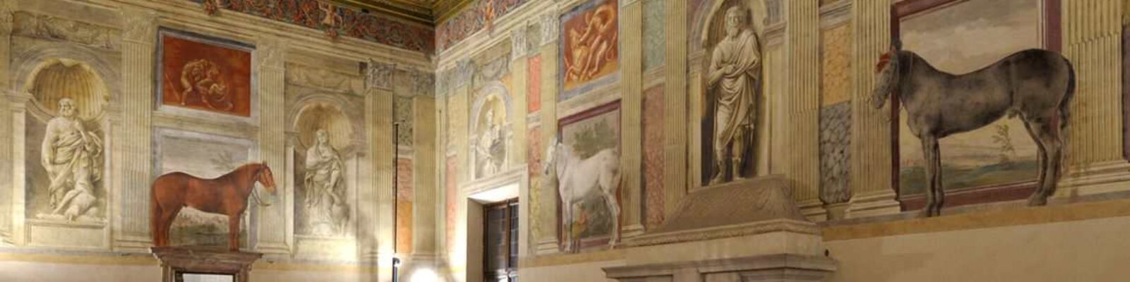 Mantova Te Palace Civic Museum sala dei cavalli illuminata - illuminazione musei