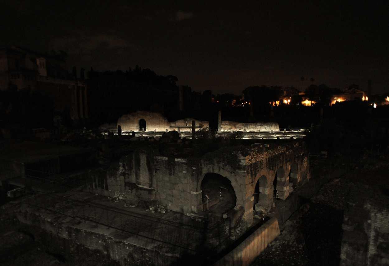 Rome Imperial Forums vista d'insieme - illuminazione musei