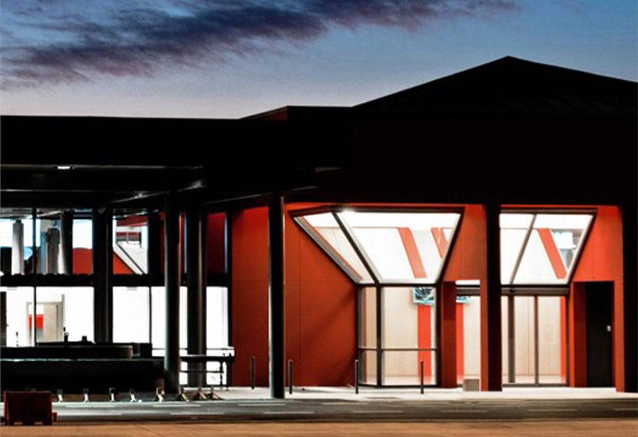 San Francesco Airport vista notturna - design luce