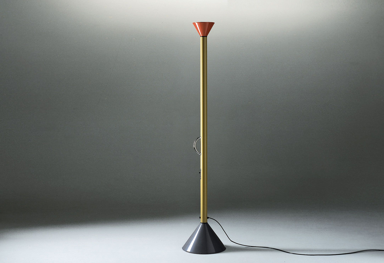 Callimaco, una lampada di Ernesto Gismondi per Artemide