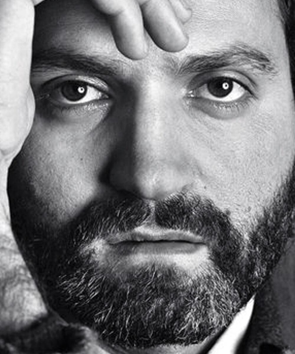 Primo piano di Gianni Versace