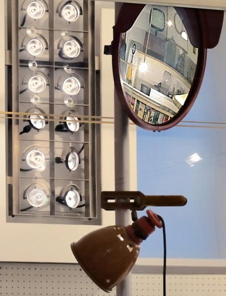 Dettagli degli apparecchi illuminanti dello Studio